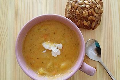 Cremige, aber diättaugliche Kartoffelsuppe mit Thymian und Käse 38