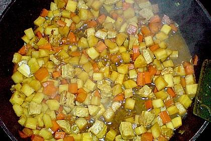 Möhren-Pastinaken-Pfanne mit Hähnchenbrust 11