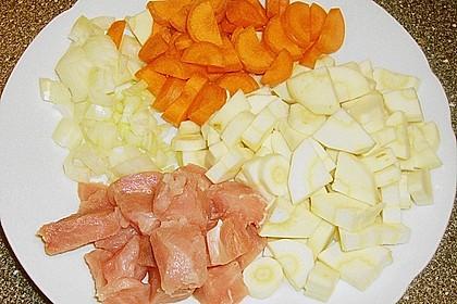 Möhren-Pastinaken-Pfanne mit Hähnchenbrust 12