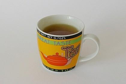 Tee gegen Bauchschmerzen (Bild)