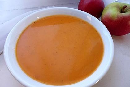 Kalte Tomaten-Apfel Suppe 1