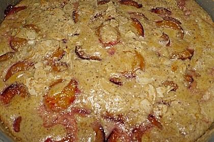 Zwetschgenkuchen mit Sahne - Mandelguss 23