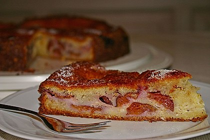 Zwetschgenkuchen mit Sahne - Mandelguss 7