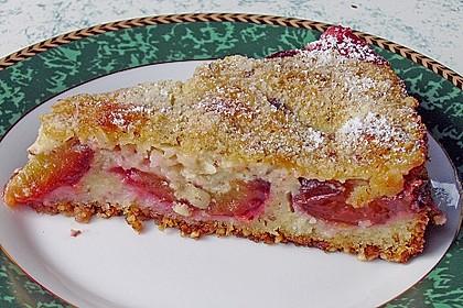 Zwetschgenkuchen mit Sahne - Mandelguss