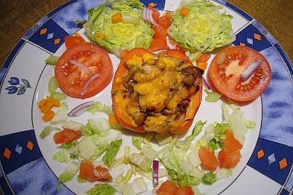 Gefüllte Paprika mit Huhn und Hüttenkäse 1