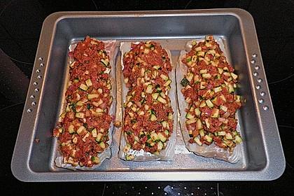 Fischfilet unter Zucchini - Kräuter - Kruste 18