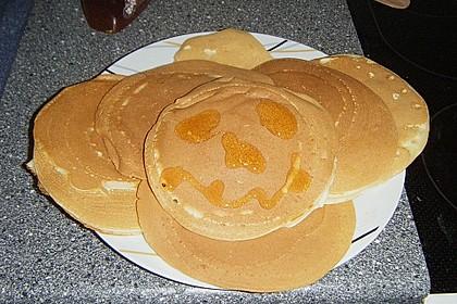 American Pancakes mit Ahornsirup 13
