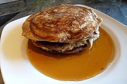 American Pancakes mit Ahornsirup 14