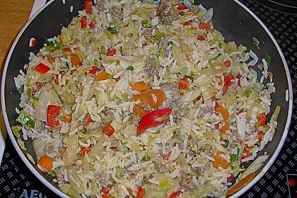 Reispfanne mit Chinakohl