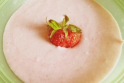 Erdbeer Mousse 28