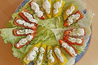 Gemüseschiffchen mit Käsecreme