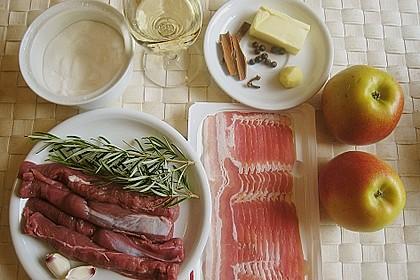 Lammfilets im Baconwickel mit Apfel - Wacholder - Püree 12