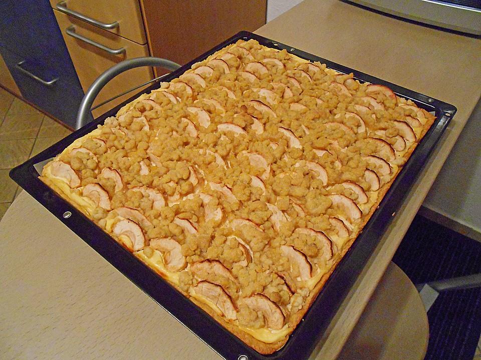 Apfel Streuselkuchen Mit Quark Vom Blech Von Biene Maja Chefkoch De