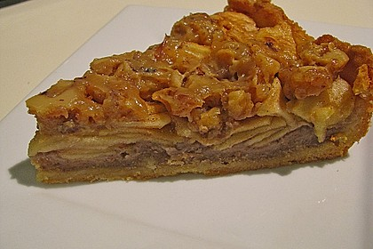Apfelkuchen mit Walnusscreme 6