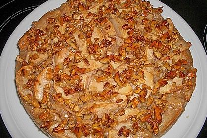 Apfelkuchen mit Walnusscreme 9