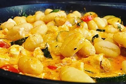 Gnocchi - Zucchini - Pfanne mit Schafskäse 9