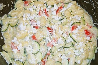 Gnocchi - Zucchini - Pfanne mit Schafskäse 85
