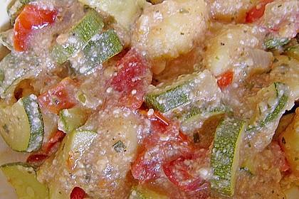 Gnocchi - Zucchini - Pfanne mit Schafskäse 45