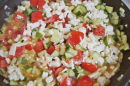 Gnocchi - Zucchini - Pfanne mit Schafskäse 42