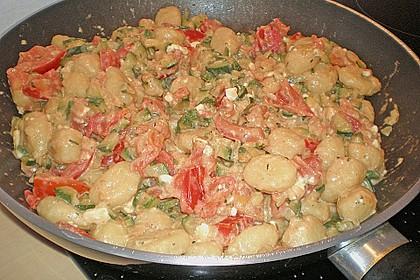 Gnocchi - Zucchini - Pfanne mit Schafskäse 63
