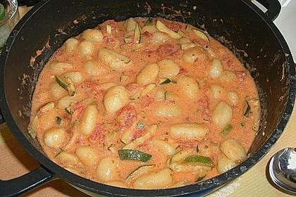 Gnocchi - Zucchini - Pfanne mit Schafskäse 50
