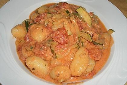 Gnocchi - Zucchini - Pfanne mit Schafskäse 25