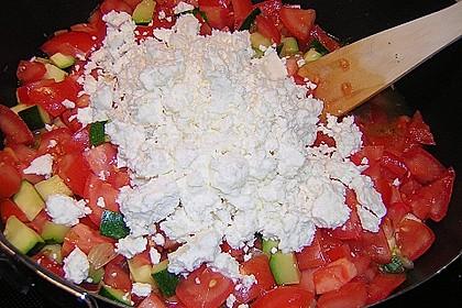 Gnocchi - Zucchini - Pfanne mit Schafskäse 62