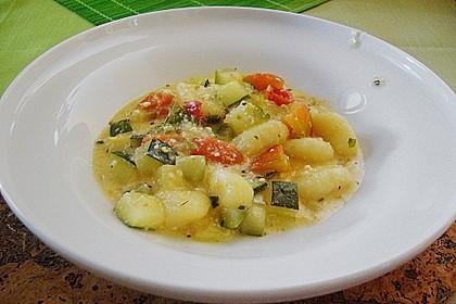 Gnocchi - Zucchini - Pfanne mit Schafskäse 31