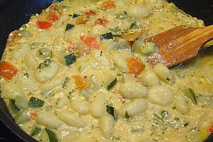 Gnocchi - Zucchini - Pfanne mit Schafskäse 20