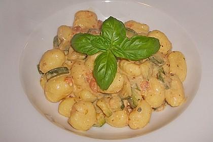 Gnocchi - Zucchini - Pfanne mit Schafskäse 4