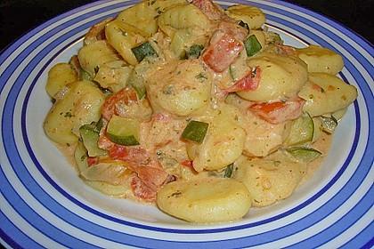 Gnocchi - Zucchini - Pfanne mit Schafskäse 32
