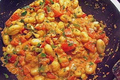 Gnocchi - Zucchini - Pfanne mit Schafskäse 49