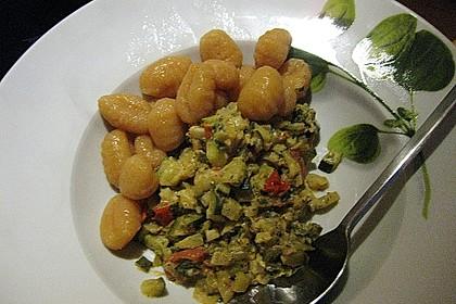 Gnocchi - Zucchini - Pfanne mit Schafskäse 78