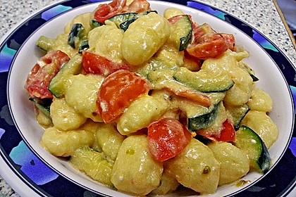 Gnocchi - Zucchini - Pfanne mit Schafskäse 18