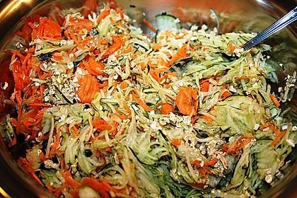 Zucchini-Reibekuchen 28