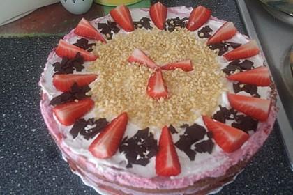 Erdbeer - Joghurt - Sahne - Torte 32