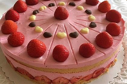 Erdbeer - Joghurt - Sahne - Torte 3