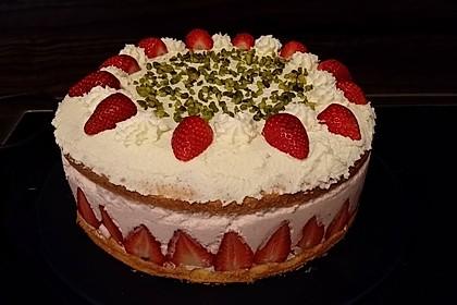 Erdbeer - Joghurt - Sahne - Torte 29