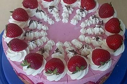 Erdbeer - Joghurt - Sahne - Torte 21