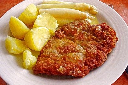 Spargel mit Schweineschnitzel Wiener Art und Kartoffelbrei 4