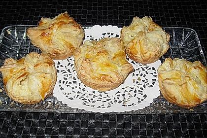 Blätterteigtaschen mit Käsefüllung 5
