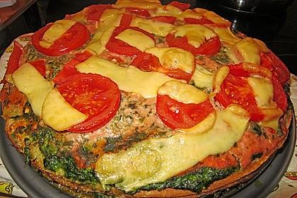 Pfannkuchen-Torte mit Spinat und Käse 26