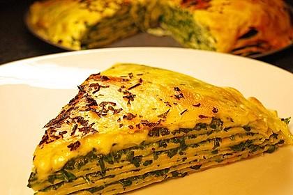 Pfannkuchen-Torte mit Spinat und Käse 2