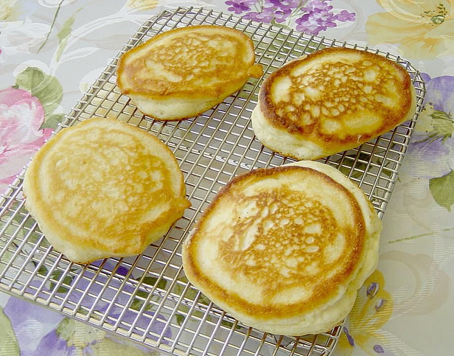 Maisgrieß Pfannküchlein Mit Sauerkirschen Von Kastl Chefkoch