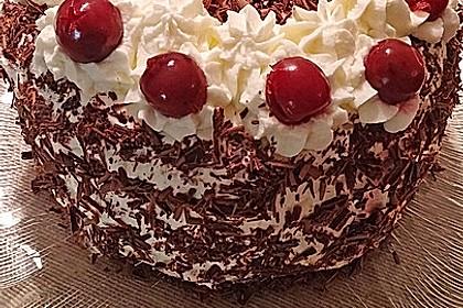 Schwarzwälder - Kirsch - Torte 7