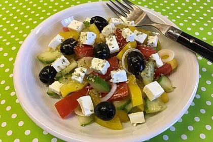 Griechischer Salat klassisch (Bild)