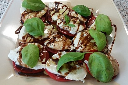 Mozzarella - Tomaten - Salat 55