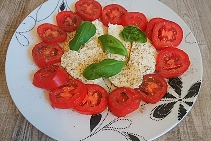 Mozzarella - Tomaten - Salat 32
