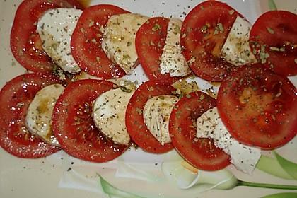 Mozzarella - Tomaten - Salat 77