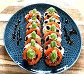 Mozzarella - Tomaten - Salat (Bild)